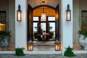 outdoor lighting for entryway