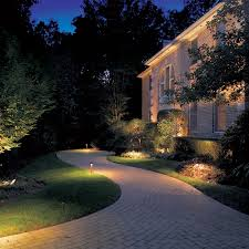 Outdoor lighting for pathways